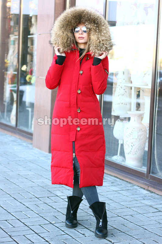 Длинная куртка burberry в пол с красными петлями