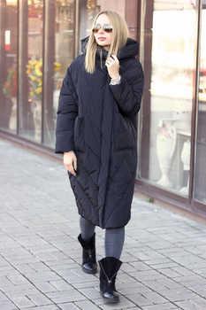 Красивое пальто-одеяло с капюшоном